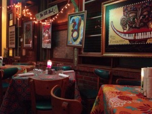 Jacque-Imo's colorful dining room