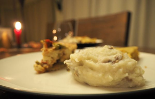 Vegan-Garlic-Mashed-Potatoes
