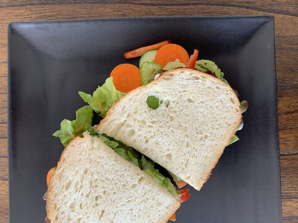 No Distractions + Weekly Veggie Sandwiches